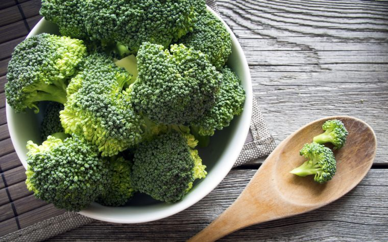 Broccoli sprout homogenate for sickle cell disease